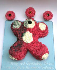 Breaking Bad Cake and Cupcakes Breaking Bad Birthday, Breaking Bad Cake, Breaking Bad Party, Bad Cakes, Scary Food, Cupcake Cakes, Cupcakes, Funny Cake, Cake Wrecks