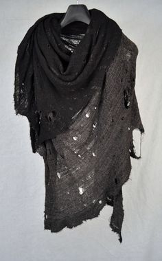 A fashion piece I think would make great garb, though probably crazy expen$ive. - Tissu Tiré Black Grey 2 Tone Cotton Lycra Scarf #style
