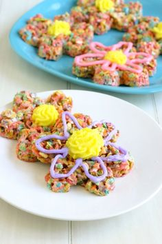 Flower rice krispies treats - cute for Easter or Mother's Day
