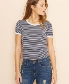 Striped Ringer Tee. 20 Years Old, Style Désinvolte Chic, My Style, Ringer Tee Outfit, Teen Fashion, Fashion Outfits, Womens Fashion, Garage Clothing, Striped Tee