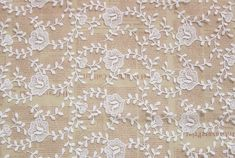 1 Yard Width 47.24 inches lace fabric,embroidered lace fabric ,3D ivory lace fabric,scalloped trim lace for DIY dress,width 120CM(130-99)