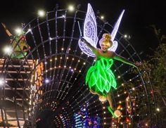 Lo que no te puedes perder en el aniversario sesenta de Disneyland: Paint the Night.  Disneyland Diamond Celebration, Paint the Night parade.