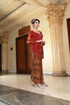 beautiful kebaya modern red Indonesia