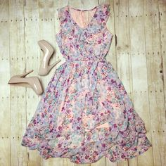 How pretty is this floral high-low dress?