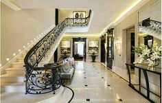 Hollywood Glam!! I am mezmerized  by this foyer/entrance. Designed by..{ Patsy Blunt Interiors }tag someone special✏   #gorgeous#beautiful#hollywood#interiordesign #holidays#flag#color#party#fun#dance#stairs#grand#travel#kiss#inspire#food#eat#enjoy#candy#wedding#sunshine#cali#california#florida#mexico#beach#kids#shop#game#food#flowers