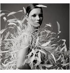 Kate Moss 1995 Photo Satoshi Saikusa