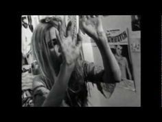 Daisy Chainsaw / Love Your Money (Promo Video)