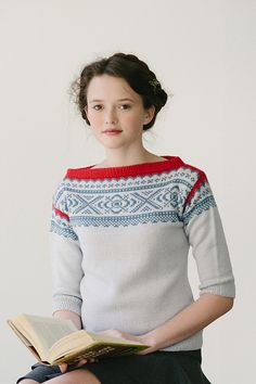 ebba pullover by dianna walla / in quince & co. chickadee - oh, this sweater is art! Sweater Knitting Patterns, Knitting Designs, Knit Patterns, Knitting Projects, Norwegian Knitting, Fair Isle Knitting, Knitwear, Knit Crochet, Tweed