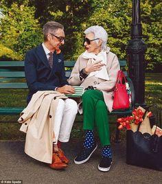 Style & Design Icon: Iris Apfel… Iris Apfel for Kate Spade Spring 2015 Alexis Bittar, Iris Apfel Young, Iris Apfel Quotes, 50 Y Fabuloso, How To Have Style, Real Style, Mode Alternative, Kate Spade, Zara