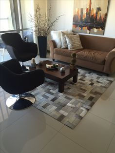 Gyr, Cow Hide Rug, Carpets, Tiles, Projects To Try, Sofa, It Is Finished, Rugs, Jeans