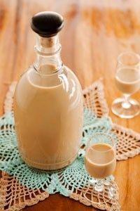 Homemade Irish Creme Liqueur...from Paula Dean...GOTTA TRY THIS!!!!