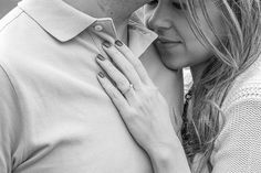 Anillo de compromiso - Fotografía de Dream Box - www.matrimonio.com.co