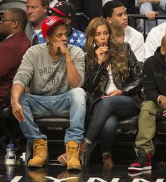 Rapper Jay-Z and his wife Beyonce cheer on the Brooklyn Nets as they sit court side next to the Nets bench at Barclays Center on Friday, May 2014 a. Beyonce Style, Beyonce And Jay Z, Jessie J, Black Celebrity Couples, Black Celebrities, Celebs, American Rappers, Beyonce Knowles, Queen B