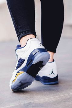 bed9a45ecfea7a Air Jordan 5 Retro Low GS White × Gold × Navy