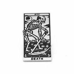 a morte é um cobrador muito sério. não dá documento, mas só recebe uma vez.
