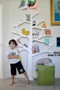 Free DIY Plans and Step by Step Video Tutorial for Building a Modern Tree Shaped Bookshelf