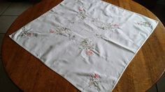 GORGEOUS SHABBY CHIC Square Tea Table Cloth by RuthiesThisandThat