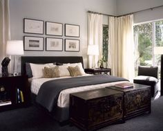 Bedroom decor options - dressers at the end of bed.