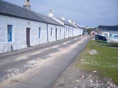 Isle of Coll, Inner Hebrides - white-washed cottages in the village of Arinagour Scottish Cottages, West Coast Scotland, Scottish Islands, Arran, Short Trip, Scotland Travel, Beautiful Islands, Travel Around, Wonderful Places