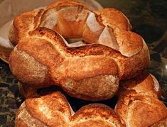 oh I HAVE to make Couronne, crown bread.may have to approximate the French Couronne basket for the bread rise, BUT CAN DO! Yeast Bread, Sourdough Bread, Sourdough Recipes, Bread Recipes, No Rise Bread, Bread Shaping, Bakery Recipes, Fermented Foods, Artisan Bread
