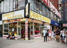 Kramer craved a papaya hot dog. (Photo: Tony Cenicola/The New York Times)