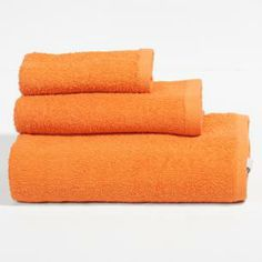 toallas naranjas Towel, Shopping, Towel Set, Swimwear, Orange, Room, I Love, Games, Projects