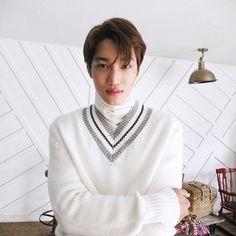 kim jongin <kai> | big issue | december no. 168 | exo