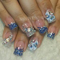 #nailsbykristina #3Dart #3Dnailart #3Dflowers #bling #blingbling #blingnails #crystalnailart #diamonds #cutenails #girlynails #prettynails #funnails