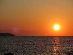 cafe-del-mar-sunset-ibiza