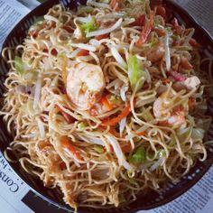 レシピとお料理がひらめくSnapDish - 5件のもぐもぐ - My mom's stir fry egg noodles. by gen