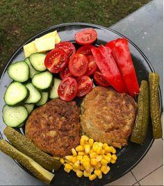 Zöldséges tócsni receptek – Éhezésmentes karcsúság Szafival Sausage, Paleo, Food And Drink, Meat, Sausages, Paleo Food