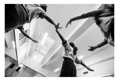 Waiting for Giselle, is a photographic exhibition on the web that will bring us to show that Pierre André Transunto realize for the debut of the show with Botega Dance Company choreography by Enzo Celli.