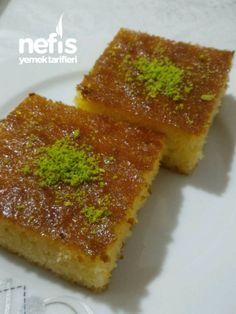Best Cake : Revani dessert by the famous Baki master - delicious recipes Köstliche Desserts, Delicious Desserts, Yummy Food, Turkish Recipes, Ethnic Recipes, Healthy Cake, Iftar, Cornbread, Bakery