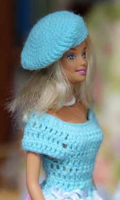 Best 21 of beautiful doll clothes easy to crochet yourself with the swing series you can combine and make the most diverse models dresses – BuzzTMZ kleider häkeln anleitung deutsch Crochet Barbie Patterns, Crochet Doll Dress, Crochet Barbie Clothes, Barbie And Ken, Barbie Dolls, Barbie Friends, Crochet For Beginners, Beautiful Dolls, Clothing Patterns