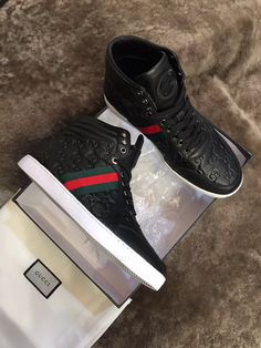613a53c16f5 Gucci mens sneakers boots top shoes for men. please contact  Wechat:008613580441057,for