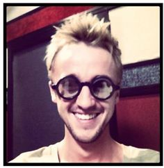"Tom Felton's twitter: ""a bit of drarry for you....i think dan pulls of the glasses a tad better..just a tad"""