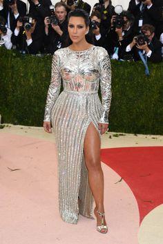 Met Gala 2016 - Kim Kardashian in Balmain.