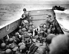 H-Hour, the first American forces land on Omaha and Utah beach