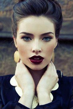 Идеи зимнего макияжа Бордо, бургунди, шоколад и нюд #макияж #зимниймакияж #нюд #бордо #блог #шоколад