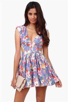 Blue Flower Dress in Blue - an adorable yet sexy dress. Blue Flower Dress, Flower Dresses, Blue Dresses, Short Dresses, Party Dresses, Diva Fashion, Fashion Outfits, Womens Fashion, Playing Dress Up