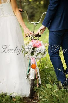 Оформление велосипеда цветами