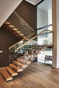 Top 10 Unique Modern Staircase Design Ideas for Your Dream House Most people dream of a big house with two or more floors. SelengkapnyaTop 10 Unique Modern Staircase Design Ideas for Your Dream House design modern staircases Home Stairs Design, Railing Design, Interior Stairs, Modern House Design, Stair Design, Railing Ideas, Modern Stairs Design, Dream House Design, Wood House Design