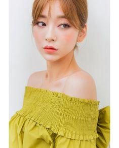 Cute Korean Girl, Asian Girl, Ulzzang Fashion, Korean Fashion, Uzzlang Girl, Illustration Girl, The Most Beautiful Girl, Korean Model, Japanese Girl