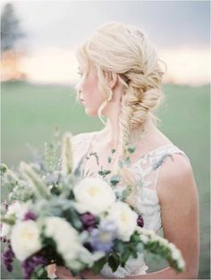 Style and taste are poured into every detail of these gorgeous wedding hairstyle inspiration, we simply just can not contain our obsession.