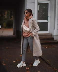 183 cozy fall outfits to copy right now - page 8 Cozy Fall Outfits, Winter Fashion Outfits, Classy Outfits, Look Fashion, Stylish Outfits, Mode Abaya, Vetement Fashion, Mode Streetwear, Looks Chic