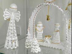 Výstava Háčkované vánoční ozdoby, betlémy a hračky
