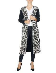 Renk :Siyah Beyaz Desen:Zebra Desenli Uzunluk:100 Kol: Uzun Kollu Kumaş :Örme Mevsim :4 Mevsim  BEDEN VE ÖLÇÜ TABLOSU