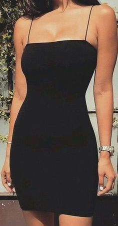 Harley tie back mini dress - a simple LBS is all it needs sometimes ( and a killer body of course) Source by ArixanaSelxena - Hoco Dresses, Pretty Dresses, Homecoming Dresses, Beautiful Dresses, Dress Outfits, Casual Dresses, Mini Dresses, Tight Black Dresses, Dance Dresses