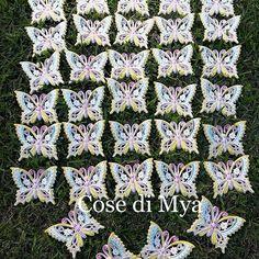 Buongiornooooo  Oggi vi mostro le #farfalle in #ceramica realizzate per la #primacomunione di una #bimba... #coloripastello quelli che ha gradito! #piccoledonne che hanno già le idee chiare  CONTATTI  cosedimya@gmail.com   WhatsApp 3495474969   #CosediMya #fattoamano #handmade #ceramics #ceramicart #ceramicartist #farfalleceramica #madeinitaly #artigianatoitaliano #bomboniere #idearegalo #decorazionipareti #butterfly #butterflies #kelebekler #mariposas #shoppingonline #primavera…