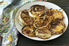These Garlic Rubbed Roasted Cabbage Steaks are super popular for a reason. So easy to make and compatible with just about every way of eating out there! Low Carb Vegetarian Recipes, Keto Recipes, Cooking Recipes, Healthy Recipes, Vegan Keto, Vegan Life, Cooking Ideas, Free Recipes, Food Ideas